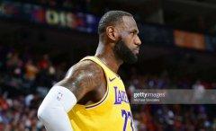 NBA预测:湖人身处悬崖边,戴维斯火线复出救主?